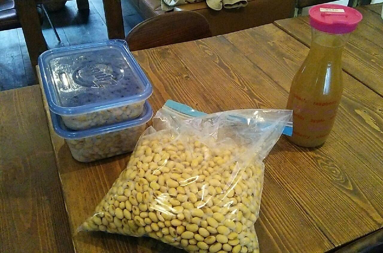 大豆と煮汁