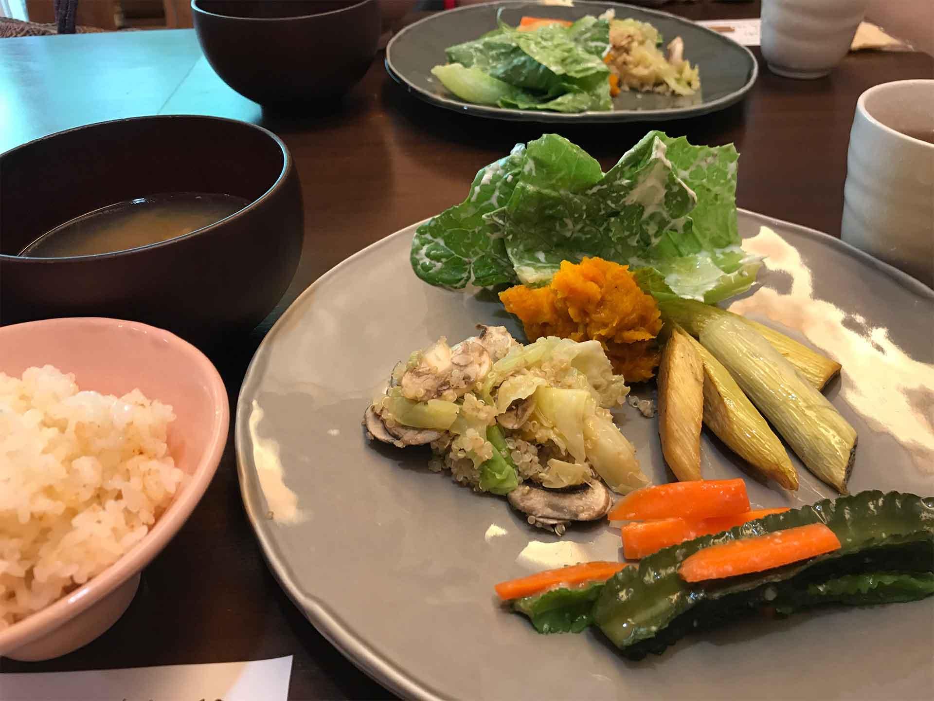 本道佳子さんのお料理